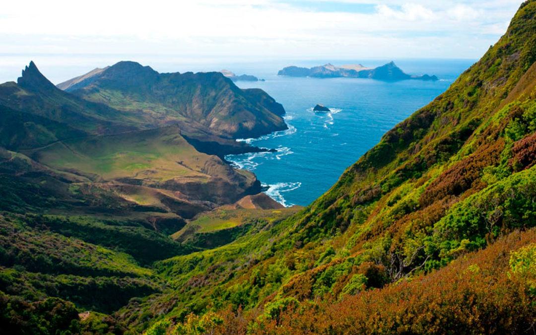 Isla Juan Fernández Adjudicación de proyecto planta de desalinización de agua de mar mediante osmosis inversa.